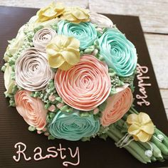 In the sweet mood...  . #LADYCakeShop WA 08977560367, Bbm 2948A5C5  . #flowercake #flowercakesurabaya #kueultahsurabaya #birthdaycakesurabaya #cakesurabaya #surabayacake #kuetartsurabaya #koreanflowercake