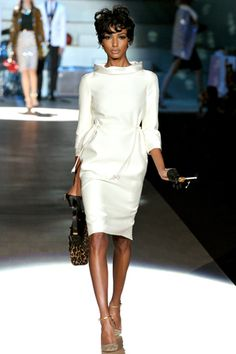 Dsquared² I'm not into white but I love this