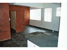2 bedroom flat in Marshallstown, Marshallstown, Property in Marshallstown - Z22052