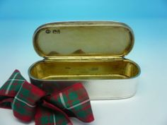 Victorian Silver Snuff Box Hallmarked 1864 William Summers