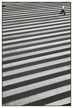 Movement and routing. Pathways. Route 15, Tamachi, Tokyo, 2011 by Shin Noguchi