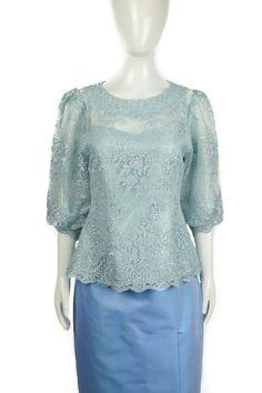 Fashion Ideas, Women's Fashion, Thai Dress, Brokat, Kebaya, Traditional Dresses, Old Women, Cloths, Hair Beauty