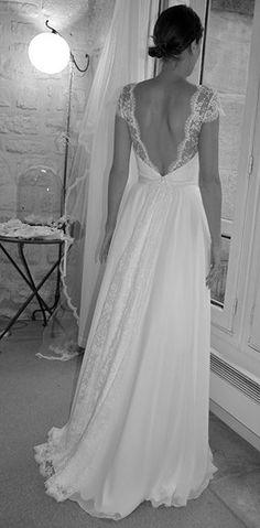 Robe de mariée en mousseline de soie et dentelle de Calais Plus