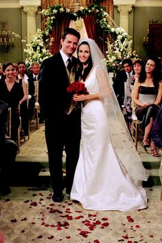 From Monica Geller to Kelly Kapowski, these TV brides knew how to rock some killer wedding gowns.