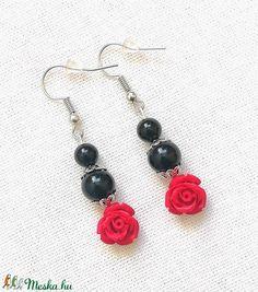 Rózsás ásvány fülbevaló fekete ónix és piros cinóber gyöngyökből, féldrágakő ásványfülbevaló (amethysta) - Meska.hu Drop Earrings, Jewelry, Fashion, Moda, Jewlery, Jewerly, Fashion Styles, Schmuck, Drop Earring