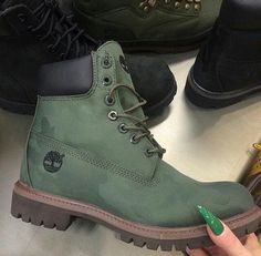 This green Timberland boot is very very very good looking. for other shades in footwear. Heeled Boots, Bootie Boots, Shoe Boots, Shoes Heels, Vans Shoes, Tims Boots, Timberland Boots Outfit, Sock Shoes