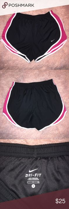 Nike Dri-Fit Shorts Nike Dri-Fit Shorts Excellent condition 🚫Trades 🚫Modeling Nike Shorts