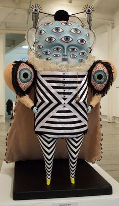 Cat johnston: the god of eyes mixed media sculpture, sculpture art, surrealism sculpture Mixed Media Sculpture, Sculpture Art, Surrealism Sculpture, Arte Fashion, Arte Horror, Paperclay, Art Plastique, Oeuvre D'art, Wearable Art