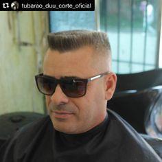 "32 Me gusta, 2 comentarios - 💈 Flattop Haircut 💈 (@flattophaircut) en Instagram: ""#Sunglasses 😎🇧🇷 Repost @tubarao_duu_corte_oficial ・・・ #bestofbarbers #barber #barberlife #freshcut…"""