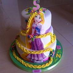 torta en foami de rapunzel - Buscar con Google