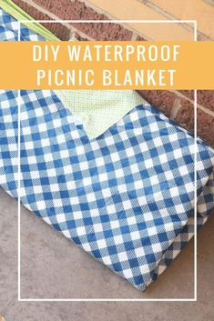 DIY Waterproof Picnic Blanket #sewing #diy #tutorial