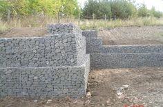 Image from http://www.gabion1.com.au/gabion_terraced_retaining_wall.jpg.