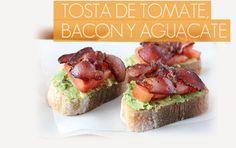 Receta de tosta gourmet de tomate, bacon y aguacate con el sabor más casero para una alimentación saludable