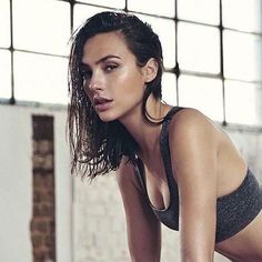 Hollywood hottie actress Gal Gadot beauty movie photos lovely style gorgeous wallpapers stunning looks wonder-woman images pics hd Gal Gardot, Gal Gadot Wonder Woman, Wet Hair, Woman Crush, Mannequins, Hollywood Actresses, Beautiful People, Beautiful Celebrities, Portraits
