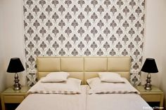 Utca, Flat Rent, Flats, Bed, Furniture, Home Decor, Loafers & Slip Ons, Decoration Home, Stream Bed