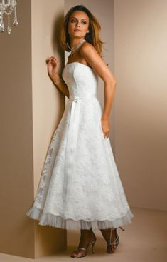 Retro Lace Long Dress Chubby Flat neck Ball Gown And Strapless - Wedding Dresses