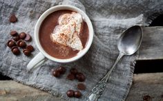 7 Chocoholic Valentine's Day Desserts: Spiced Hot Cocoa | RecipeGeek