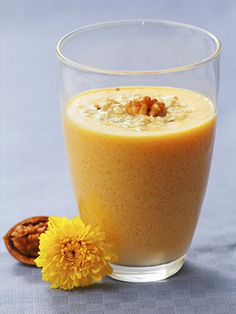 This delish pumpkin smoothie tastes like fall served up in a glass. Oh yea...This is going to be good!