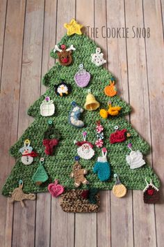 Get the free crochet pattern for this crochet christmas tree advent calendar and ornaments from the Cookie Snob featured in my crochet christmas party FREE pattern roundup! Knitting For BeginnersKnitting FashionCrochet Hair StylesCrochet Ideas Crochet Christmas Decorations, Crochet Christmas Ornaments, Christmas Crochet Patterns, Holiday Crochet, Christmas Crafts, Grinch Christmas, Christmas Cookies, Crochet Advent Calendar, Christmas Tree Advent Calendar