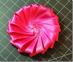 tons of fun ribbon flower tutorials!