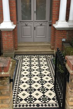 Our comprehensive range of designs feature many classic Victorian, Edwardian and Georgian styles, and unique modern geometric schemes. Front Garden Path, Front Path, Front Door Steps, Garden Paths, Victorian Front Garden, Victorian Gardens, Victorian Tiles, Victorian Townhouse, Edwardian House