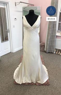 Charlotte Balbier, Silk Dress, Bridal Dresses, One Shoulder Wedding Dress, Tulle, Bride, Fashion, Silk Gown, Bride Dresses