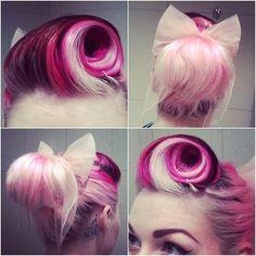 Peinado Pin Up con toques de rosa
