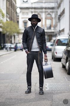 A black bomber jacket and charcoal jeans? If you want to break out of the mold a little, add black leather derby shoes to your look. Sharp Dressed Man, Well Dressed Men, Dark Grey Jeans, Black Bomber Jacket, Mode Style, Style Blog, Men's Style, Looks Style, My Guy