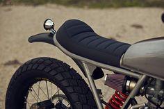 Honda XR600 custom motorcycle by CRD... so simple and so beautiful.