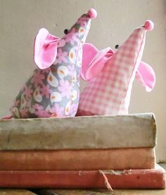 Mouse Doorstop - Sewing Pattern PDF for Mouse Doorstop £4.30