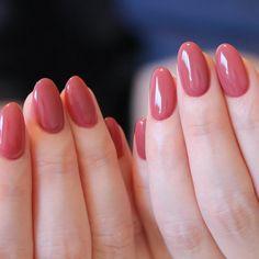 images of nail polish ,nail polish images ,nail polish design images ,images of nail polish colors Cute Acrylic Nails, Acrylic Nail Designs, Stylish Nails, Trendy Nails, Nail Paint Shades, Milky Nails, Dark Pink Nails, Feet Nails, Minimalist Nails
