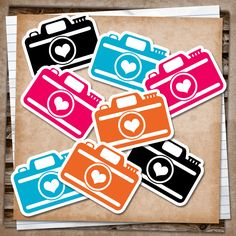 Just made some little camera printablesto Smash and I thought I'd share......hope you like the colours :)   Once printed, take your time to...