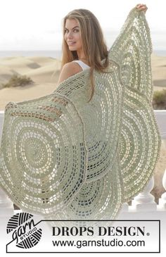 """Crochet DROPS blanket in """"Lima"""". ~ DROPS Design This is sooooo Beautiful     My friend Colleen could make this I know it :-)"""
