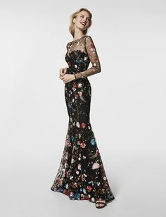 What to Wear to a Cocktail Party with Pronovias // dark floral embroidered dress