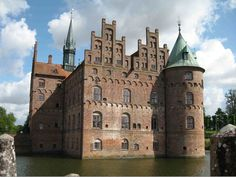 castle in europe - Google Search
