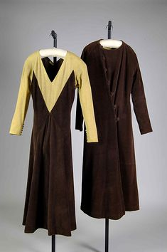 """""""Sunny Side Up""""; """"Button Up Your Overcoat"""" Designer: Elizabeth Hawes (American, Ridgewood, New Jersey 1903–1971 New York) Date: fall/winter 1932–33 Culture: American Medium: Cotton, wool"""