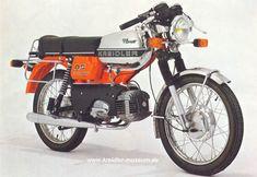 Moped Bike, Motorcycle Bike, Retro Roller, Retro Scooter, Rv Truck, Vespa Girl, Dj Gear, 50cc, Classic Bikes