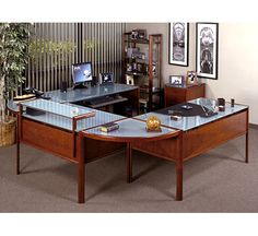 U shaped desk - wonder if it would fit?