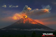 Eruption at Semeru volcano (East Java) in the golden morning light (Photo: Tom Pfeiffer) | pinned by haw-creek.com