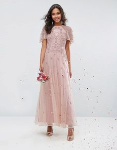 Your guide to finding pretty blush or pink bridesmaid dresses for weddings with a blush or pink color scheme. Cute pink bridesmaid dresses in rose, blush, pink, hot pink! Find blush and pink dresses for your bridesmaids easily! Asos Bridesmaid Dress, Blush Pink Bridesmaid Dresses, Bridesmaids, Wedding Dress Types, Wedding Party Dresses, Prom Dresses, Dance Dresses, Going Out Dresses, Pretty Dresses