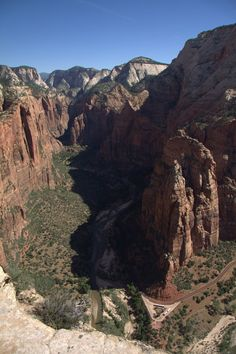 The Photo (Showing Big Bend and Route Up Zion Canyon)