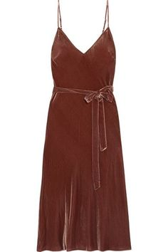 23 Versatile Dresses You'll Live In This Fall+#refinery29