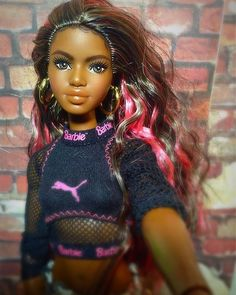 Our goal is to keep old friends, ex-classmates, neighbors and colleagues in touch. Made To Move Barbie, Barbie And Ken, Pretty Dolls, Beautiful Dolls, Barbies Pics, Barbie Basics, African American Dolls, Barbie Fashionista, African Girl