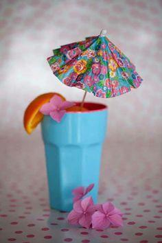 RICE - 10 parasoller till drinken