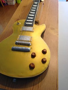 How To Make A Guitar Cake Http Caketalkblogger Blo Com