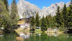 Wanderlust: Die 20 schönsten Bergrestaurants der Schweiz - Blick Grindelwald, Wanderlust, Restaurant, Mountains, House Styles, Nature, Travel, Hiking Trails, Hush Hush