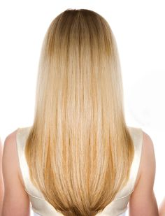 """""""A style that's just a touch longer in the back center section—like a very soft U shape—creates an illusion that you look taller and narrower."""" — Garren, owner of the Garren salon in NYC and cofounder of R+Co #hairtips"""