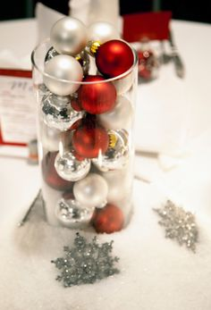 I wonder if you could do something similar but with painted ping pong balls? Christmas Centerpieces, Table Centerpieces, Wedding Centerpieces, Wedding Table, Diy Wedding, Wedding Decorations, Christmas Decorations, Wedding Ideas, Table Decorations
