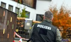 Germany shootings: 'Far-right gunman' injures Bavaria police