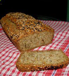 Chleb bezglutenowy na mące migdałowej